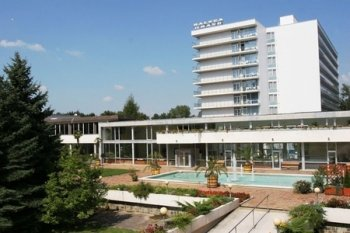 L�zn� Pie��any hotel Balnea Grand